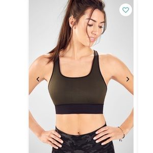 NWT Eliza Seamless Sports Bra II